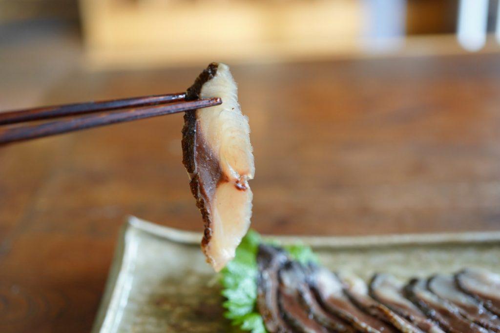 鯖 炙り冷燻 箸上げ